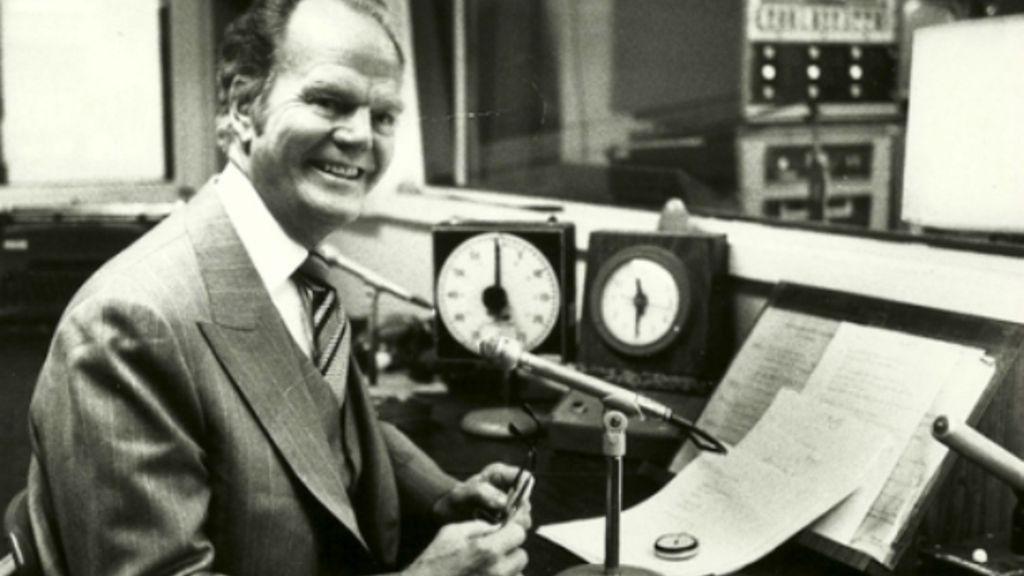 Paul Harvey on the Radio