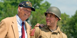 WWII veteran Les Jones and Army Spec. Tyler Amaker