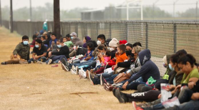 illegal immigrants La Joya, Texas